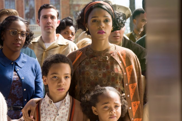 DF-01466_R - Janelle Monáe stars as Mary Jackson in HIDDEN FIGURES. Photo Credit: Hopper Stone.