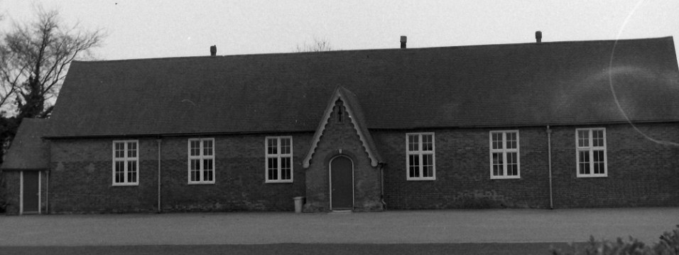 Nonington School in the early 1960's. The first National school, so called because they were founded by the National Society for Promoting Religious Education to provided elementary education in accordance with the teaching of the Church of England to the children of the poor, was built in 1830 and was replaced by the present building in 1861. The centenary of the school was celebrated in 1961, which was in fact the centenary of the construction of the present building and not the founding of the school.