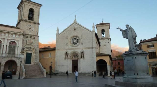 Cattedrale di San Benedetto prima del sisma