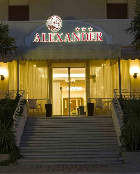 Hotel Alexander  Hotel 3 stelle Cattolica con piscina