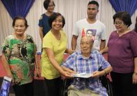 centenarians cash gift