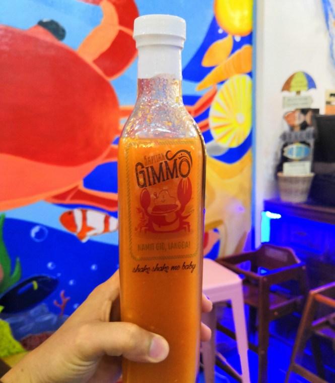 Highly-recommended Kapitan Gimmo vinegar as sawsawan!