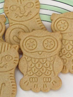 Owl and Pussy-cat biscuits
