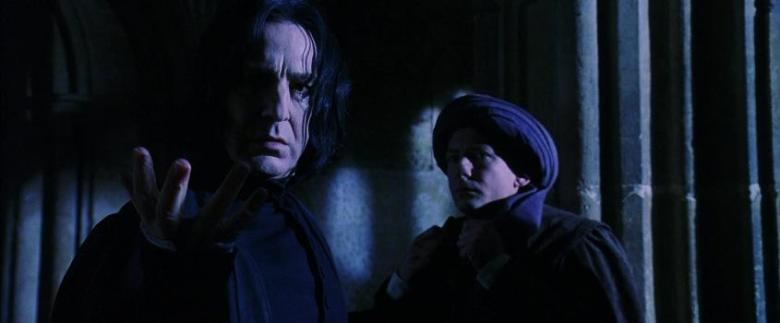 Harry Potter e la pietra filosofale frasi, citazioni e dialoghi di Chris Columbus con Daniel Radcliffe, Rupert Grint, Emma Watson, magia, Piton