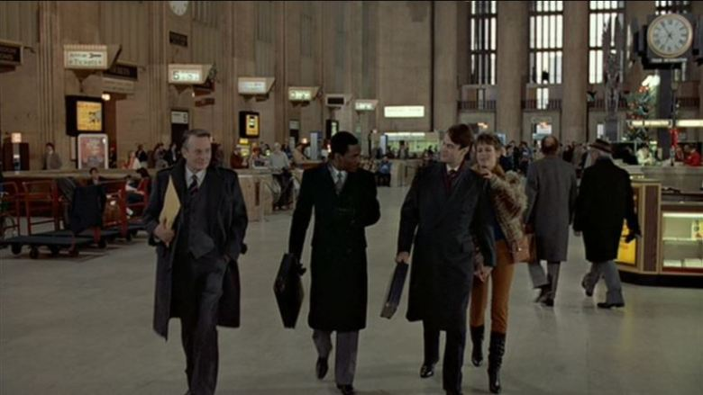 Recensione della pellicola Una poltrona per due, di John Landis con Dan Aykroyd, Eddie Murphy e Jamie Lee Curtis