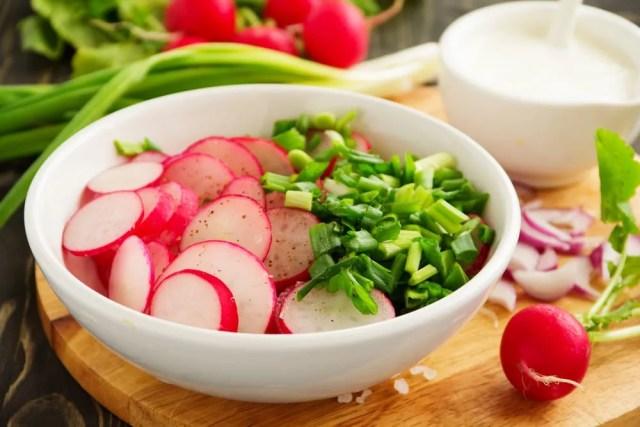 Risultati immagini per ravanelli ricette insalata