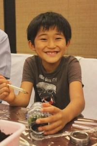 เคป แอนด์ แคนทารี โฮเทลส์ จัดกิจกรรมสอนลูกค้าชาวญี่ปุ่นทำสวนขวดแก้ว