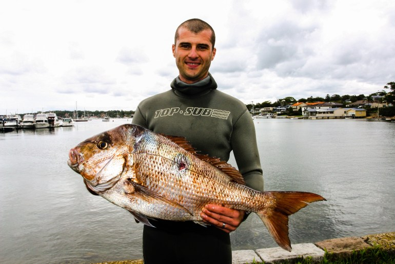 Emanuel Bova with a Sydney caught Snapper. Mannysub Noob Spearo Interview