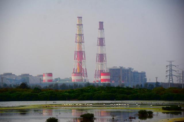 興達電廠出現全廠停機。記者徐白櫻/攝影