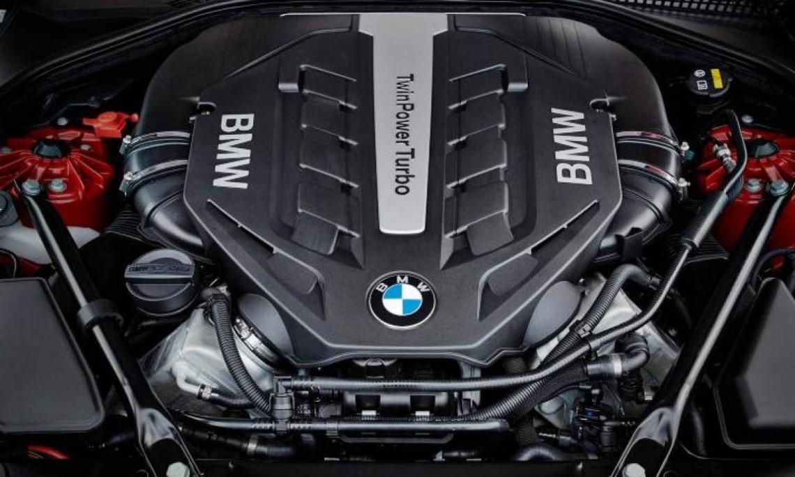 2018 BMW M3 engine