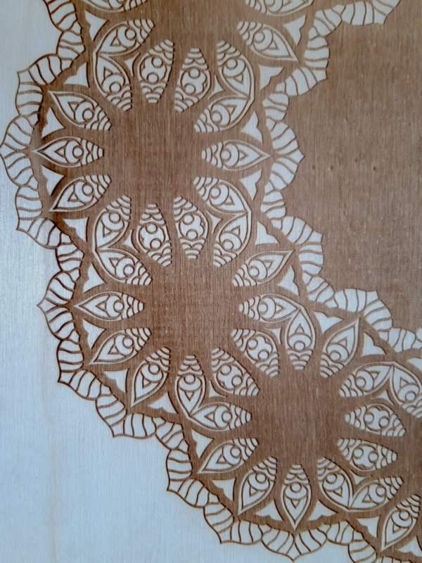 hout closeup mandala