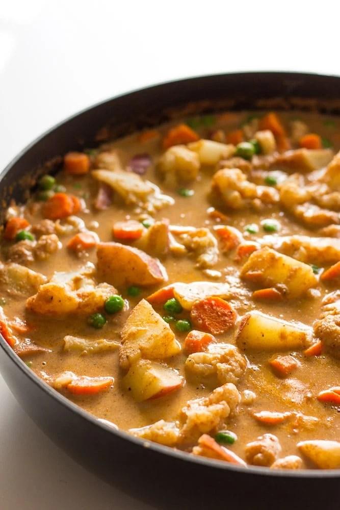 vegetable korma in a pan