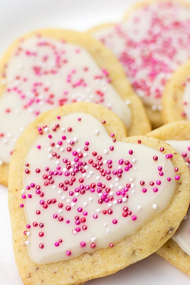 Vegan Sugar Cookies with Easy Icing   Nora Cooks