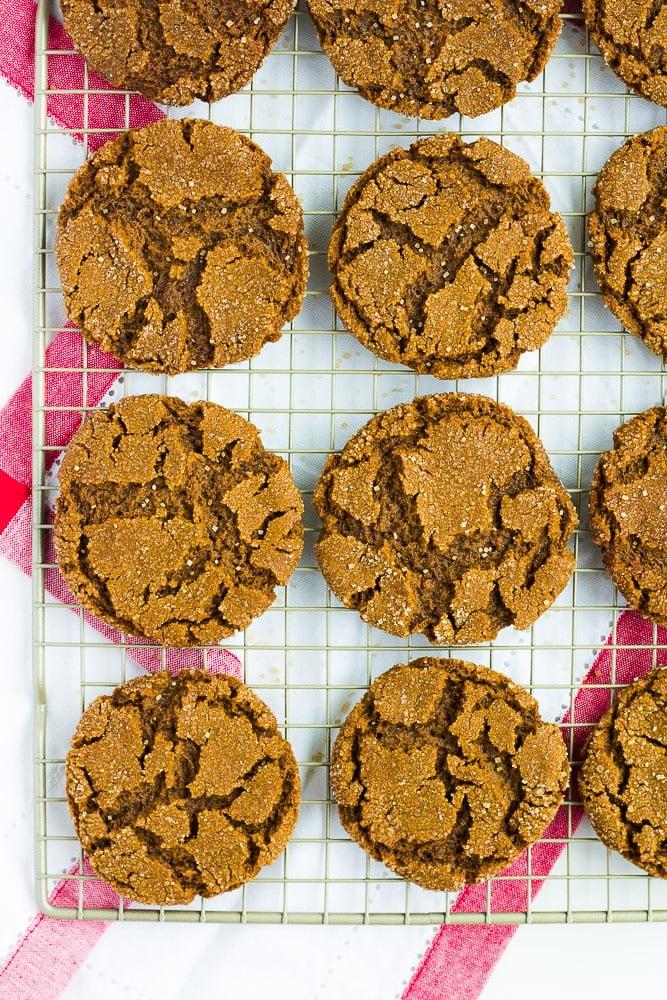 lots of vegan ginger cookies on a rack