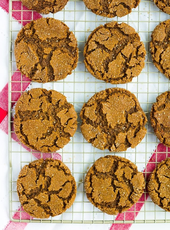 lots of vegan ginger cookies on a rack