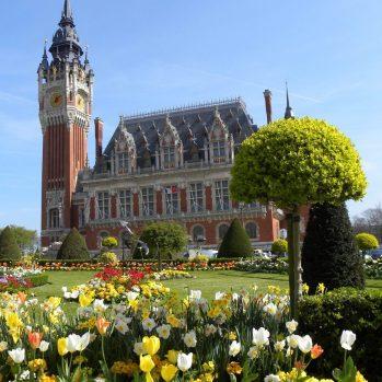 Rathaus mit Glockenturm, © OT Calais - Côte d'Opale