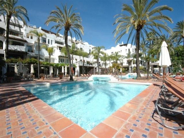 outdoor kitchen for sale cost a2423 | puerto banús - apartment 2 bedrooms ...