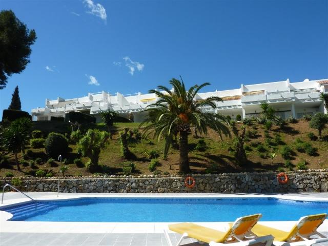 A2753  Azahara  Apartamento en venta  2 Dormitorios  Nueva Andaluca  Nordica Propiedades a la venta
