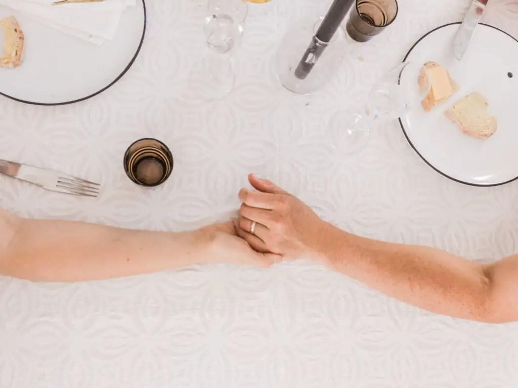Overraske kjæresten - Med middag