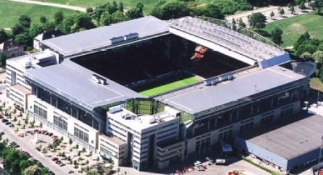 Le Parken est le plus grand stade du Danemark avec une capacité d'environ 38 000 places. Il est occupé par le FC Copenhague et sera un des stades de l'Euro 2020.