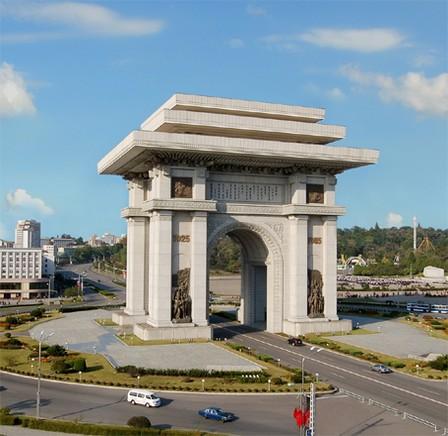 https://i0.wp.com/www.nordkorea-info.de/images/Triumphbogen-2015-04.jpg
