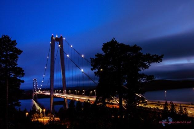 Die Brücke bei Nacht