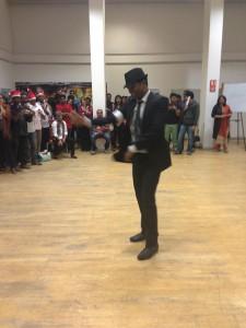 Michael Jackson bei der Weihnachtsfeier :D