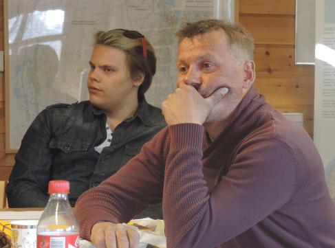 Her ser vi den unge Jon Christer Mudenia og noe eldre Per Erik Mudenia fra Tana. Foto: Valerius Hildonen-Nilsen.