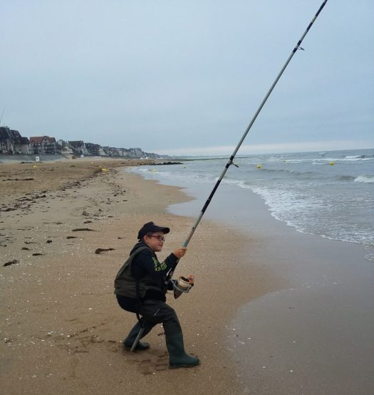 surf casting normandie fishing