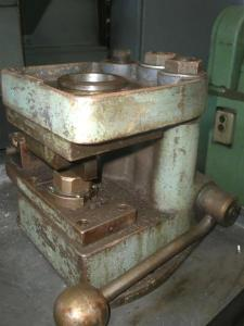 Two Post Manual Lever Operated Press