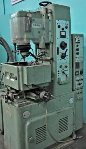 Charmilles 30 Amp Sinker Type EDM Machine