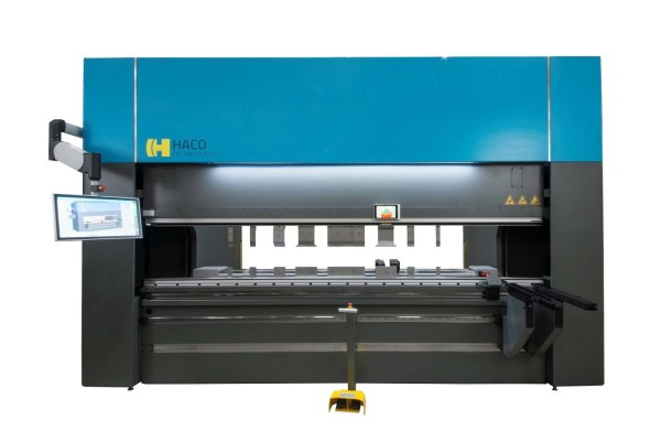 Haco 12′ x 165 Ton Multi-Axis Hydraulic CNC Press Brake, ERM 165 12 10