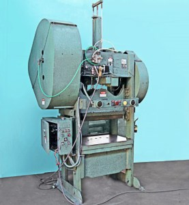 Rousselle 80 Ton Straight Side Punch Press, 8SS40