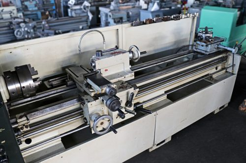 small resolution of  doall by romi 17 x 80 engine lathe