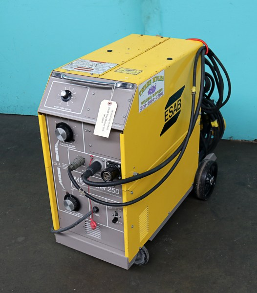 ESAB Migmaster 250 Welder with ST 23A Aluminum MIG Torch