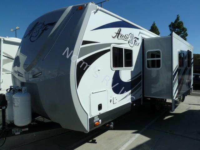 california sofa mfg chicago expo new 2016 northwood arctic fox 28f travel trailer for ...
