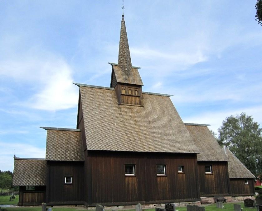 Høyjord stavkirke