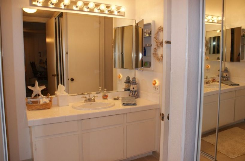 A-312 bath vanity