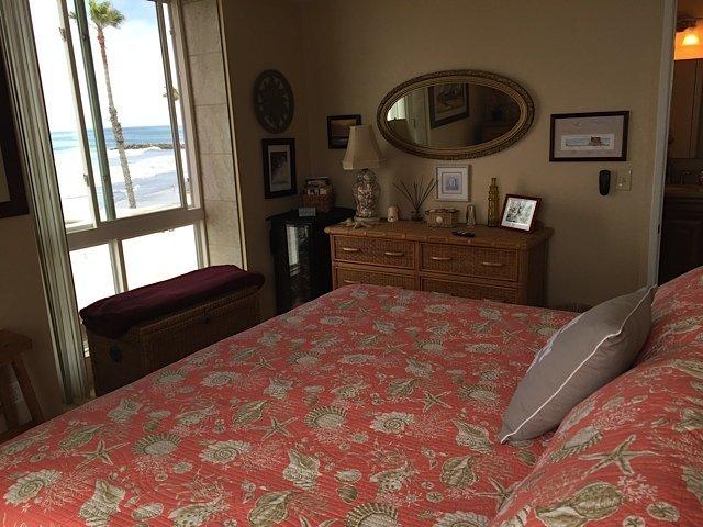 D212 Master Bedroom Ocean View