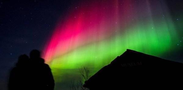 Northern Lights tour at Pæskatun - photo Trond Strifeldt