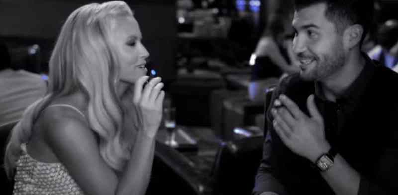 """In this commercial, actress Jenny McCarthy says, """"I get to have a blu without the guilt, because there's only vapor, not tobacco smoke."""""""
