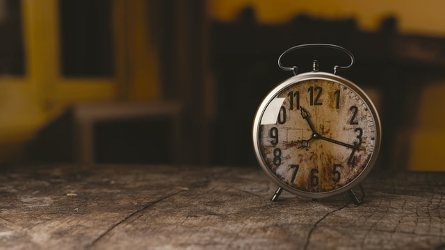 Photo of a clock on a shelf. Courtesy: Monoar Rahman