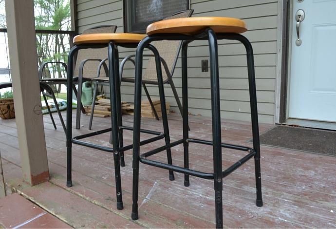 before bar stool 1