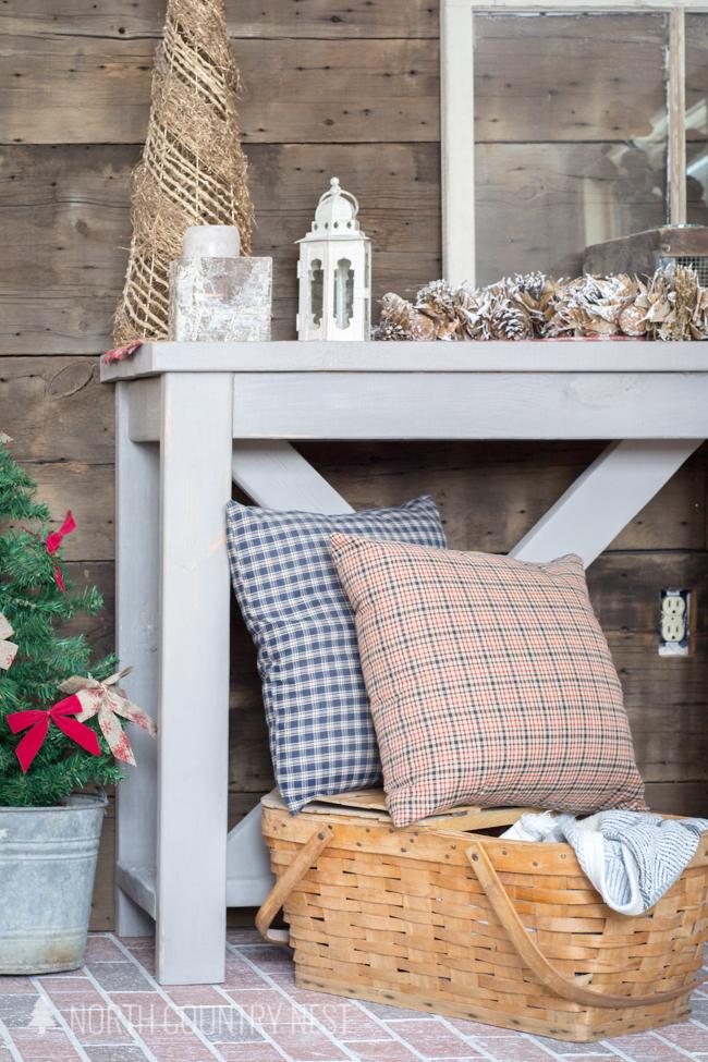 rustic holiday entryway home decor