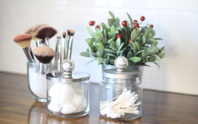 12 Days of Craftsmas: Rustic Bathroom Container