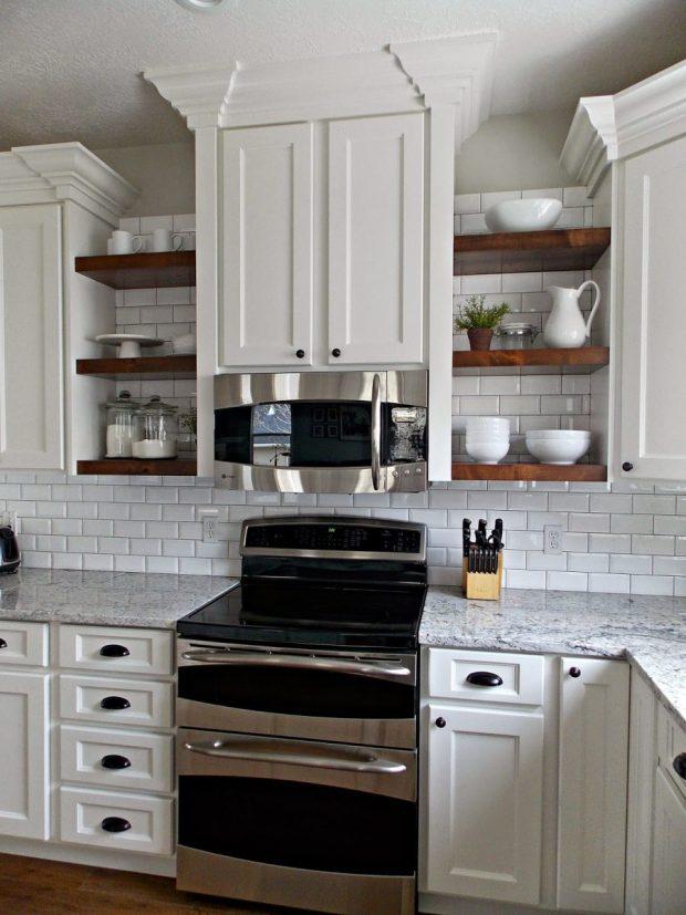 Open style kitchen shelves decorating