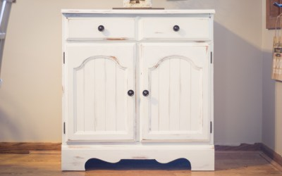 Farmhouse Style Pantry Cabinet Makeover