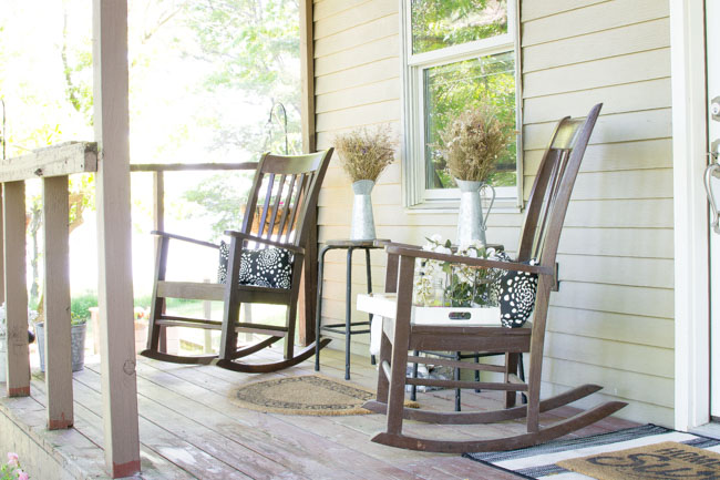 summer front porch rocking chairs