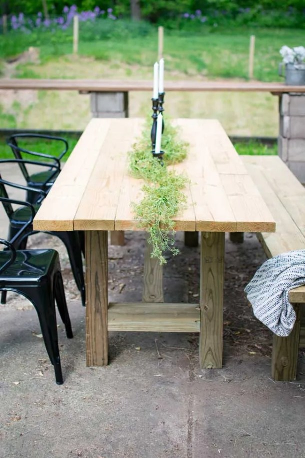 diy outdoor table. Diy Farmhouse Style Patio Table With Black Outdoor Chairs