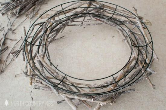 DIY winter twig wreath